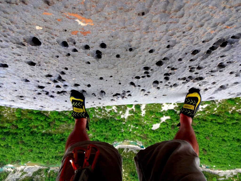 grimpeur-gouttes-d-eau-verdon