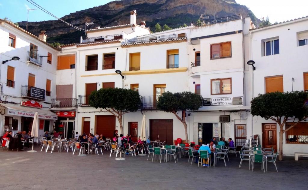 Place principale de Chulilla