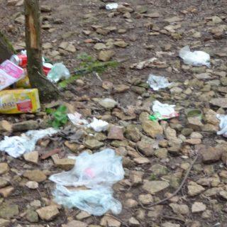 déchets-site-escalade-lyon-curis