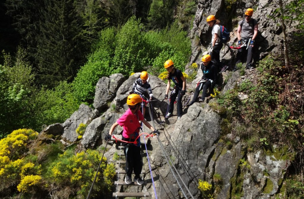 via-ferrata-enfants-planfoy-1