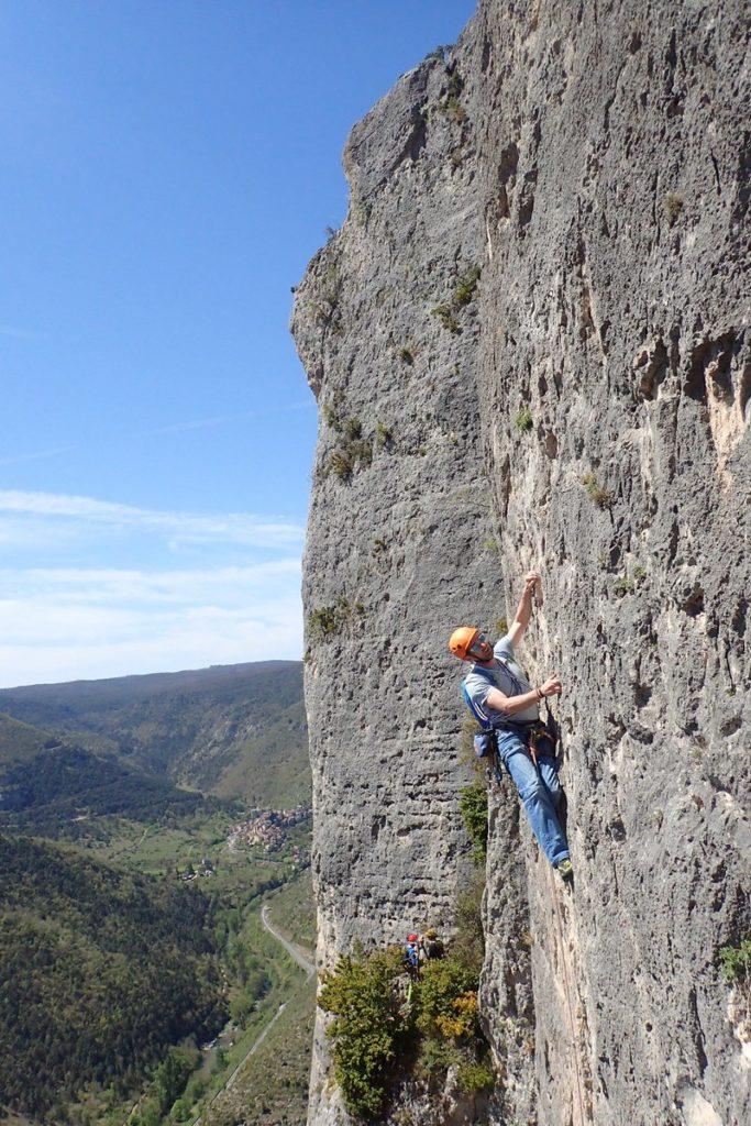 les femmes et les grimpeurs d'abord