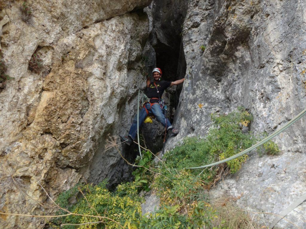 Ouverture de la longueur de la grotte de Superstar
