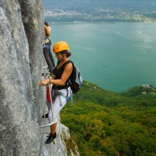via-ferrata-roc-cornillon-lac-du-bourget-couverture-carré