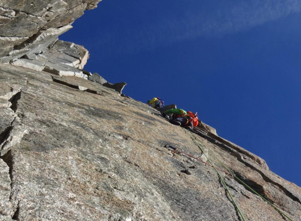 aiguille-médiane-diable-escalade-montagne-granite