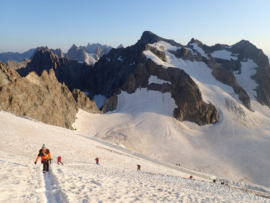roche faurio écrins rando glaciaire glacier montagne
