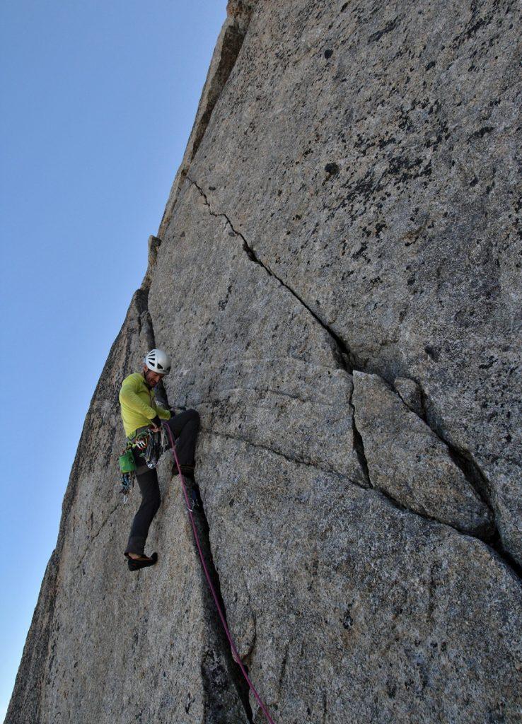 fissure-lepney-peigne-escalade-trad-montagne