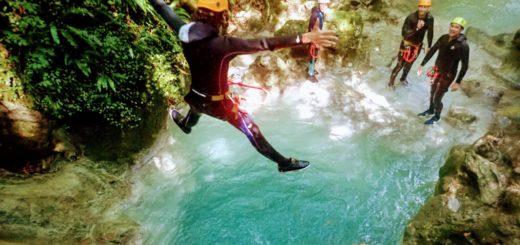 canyoning atour et proche de lyon avec un guide